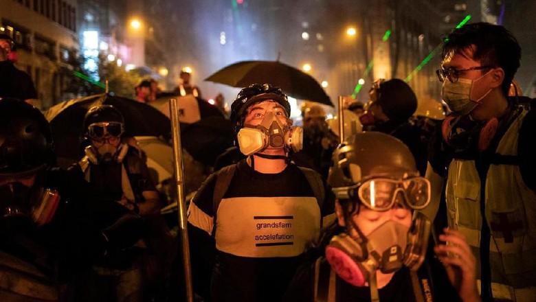 Hong Kong Memanas: Demo Turun ke Jalan, Bandara Jadi Sasaran