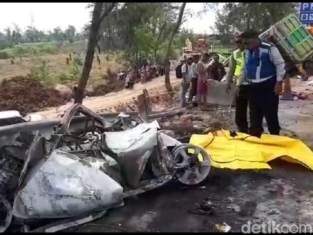 Polisi Revisi Data, Jumlah Korban Tewas Kecelakaan Cipularang 8 Orang