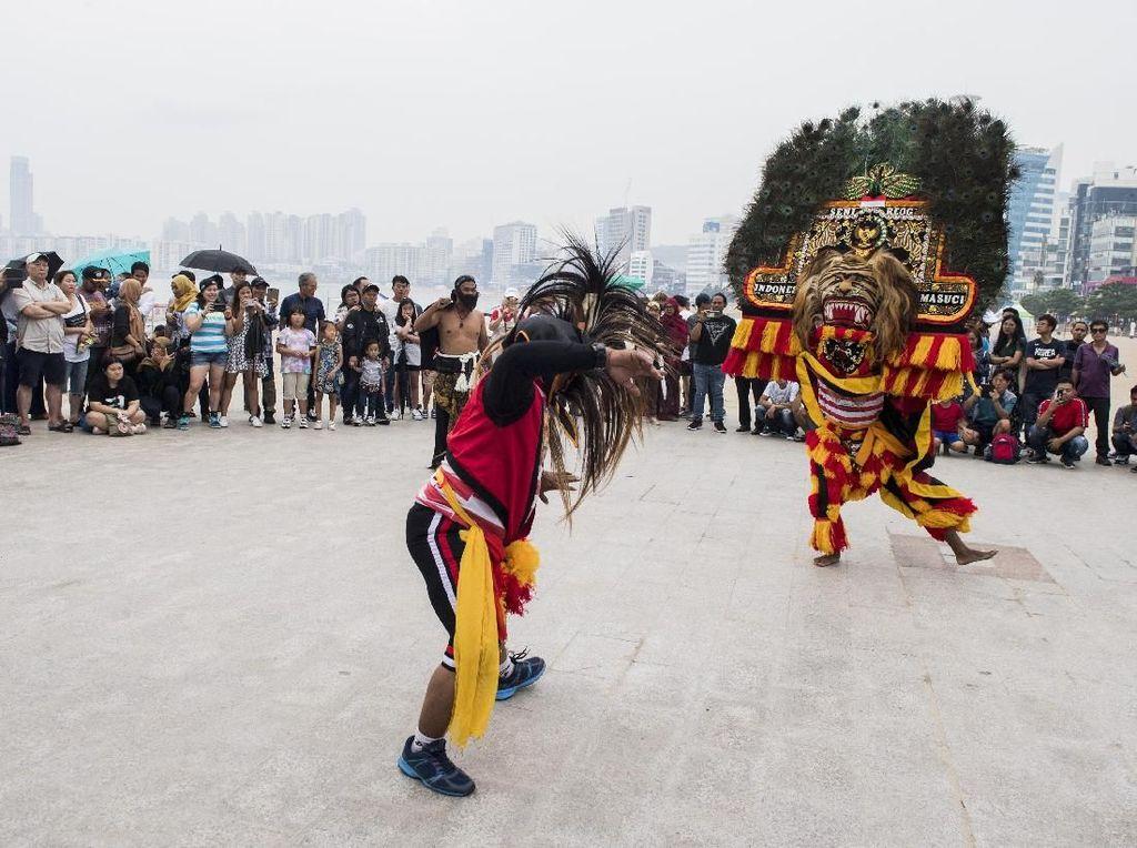 Kesenian Indonesia Pukau Warga Busan di Korea Selatan