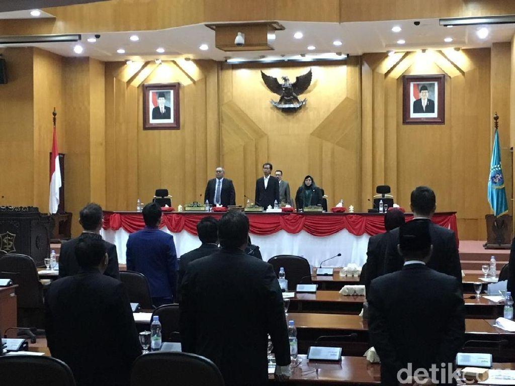 8 Fraksi Partai di DPRD Surabaya Resmi Diumumkan di Paripurna Perdana