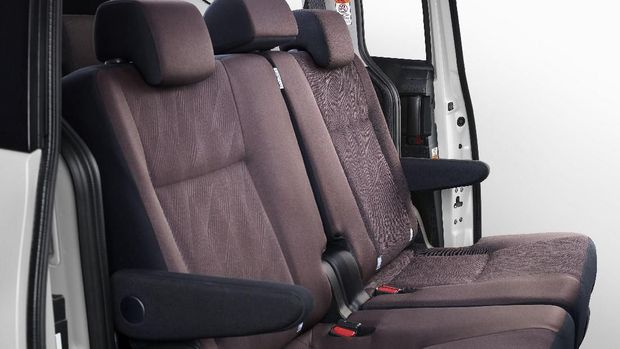 Penjualan Terus Menukik, Toyota Perbaiki Desain Sienta