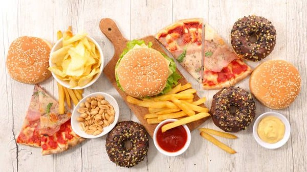 Makanan Cepat Saji Tetap Menyehatkan Asalkan Disantap Dengan Cara Ini