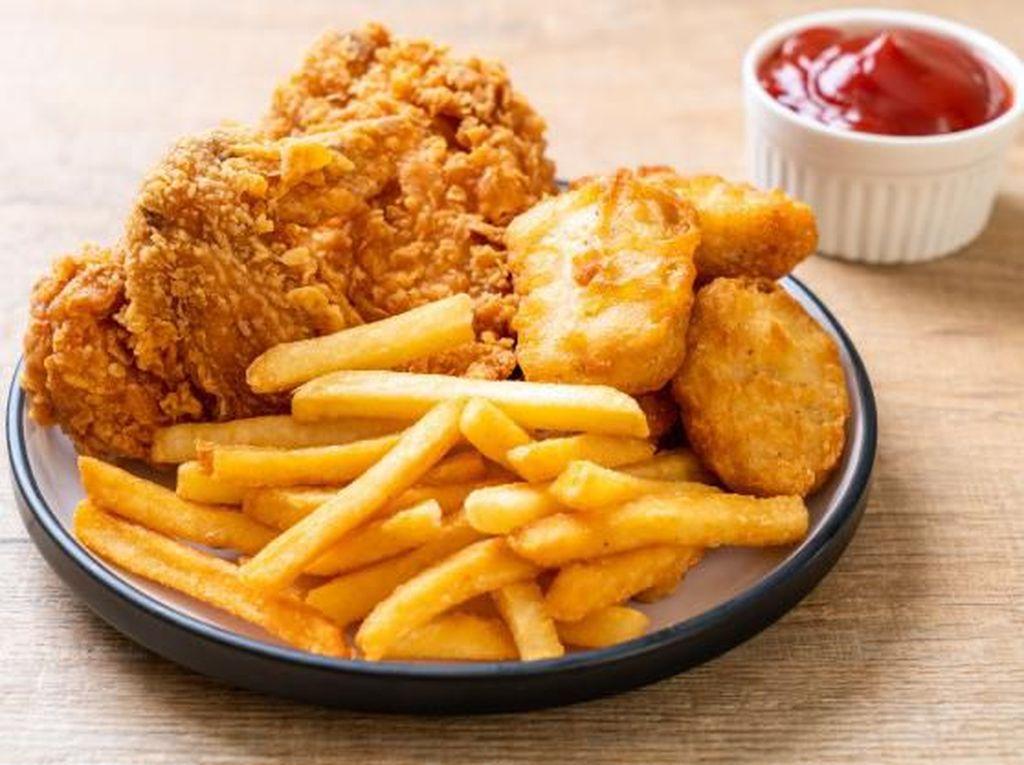 Bisnis Fried Chicken Gerobakan Vs KFC-MCD