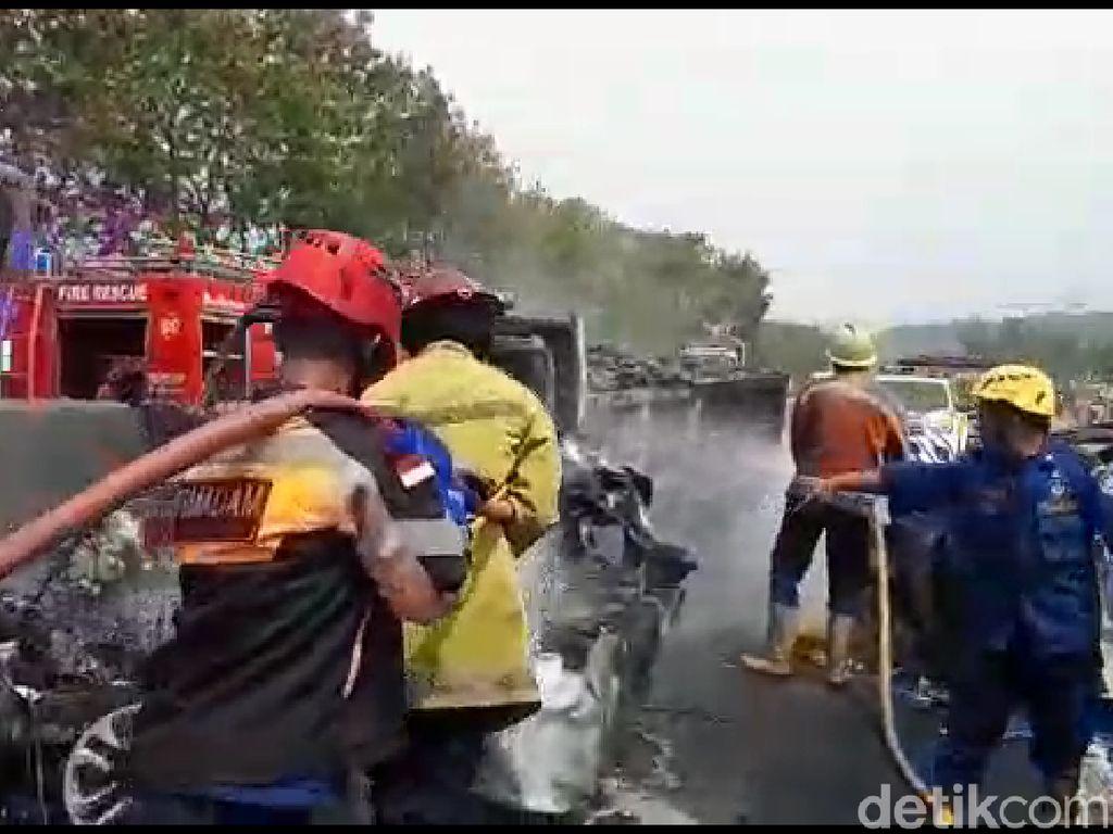 Kecelakaan Beruntun di Cipularang, Akibat Mobil Oleng Kena Angin Samping?
