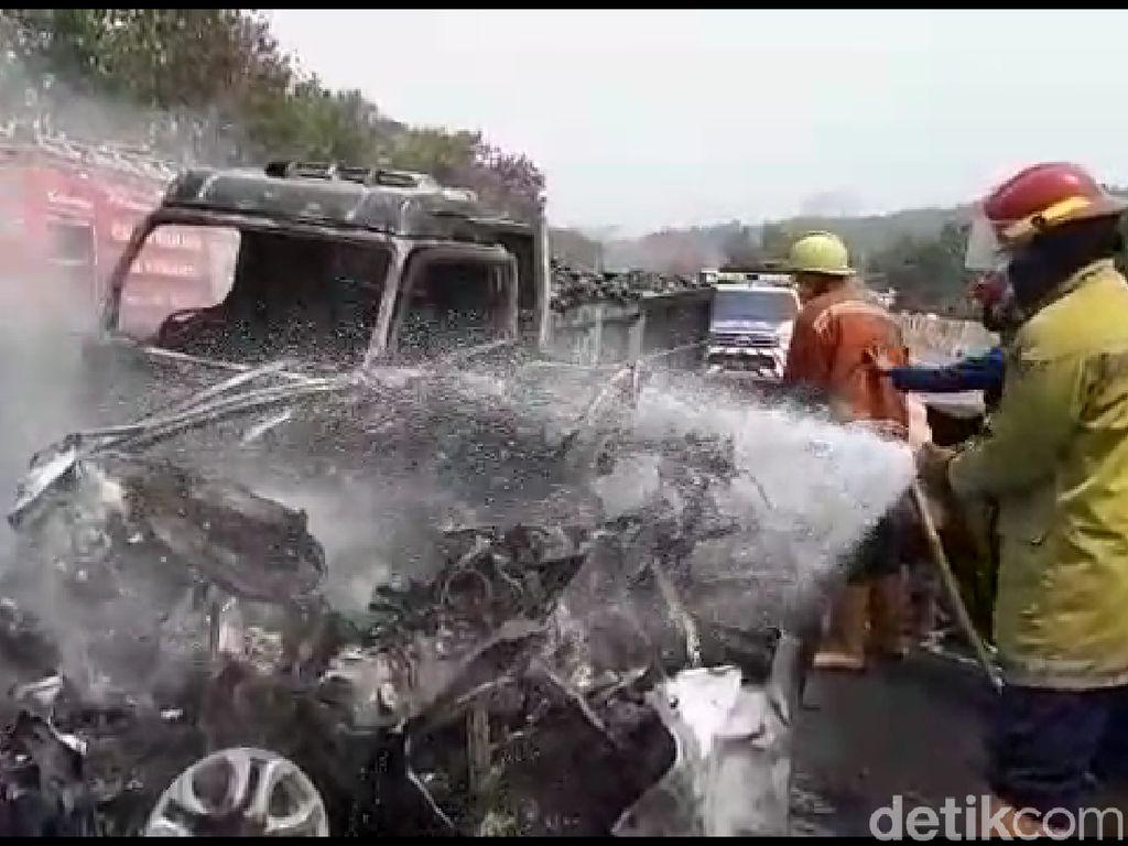 Awas! Mobil Dimodifikasi Rentan Terbakar