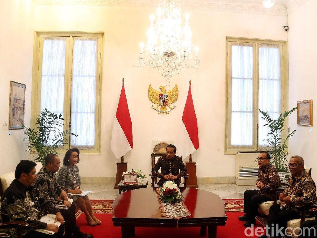 Ini Profil Singkat 10 Nama Capim KPK yang Diserahkan ke Jokowi
