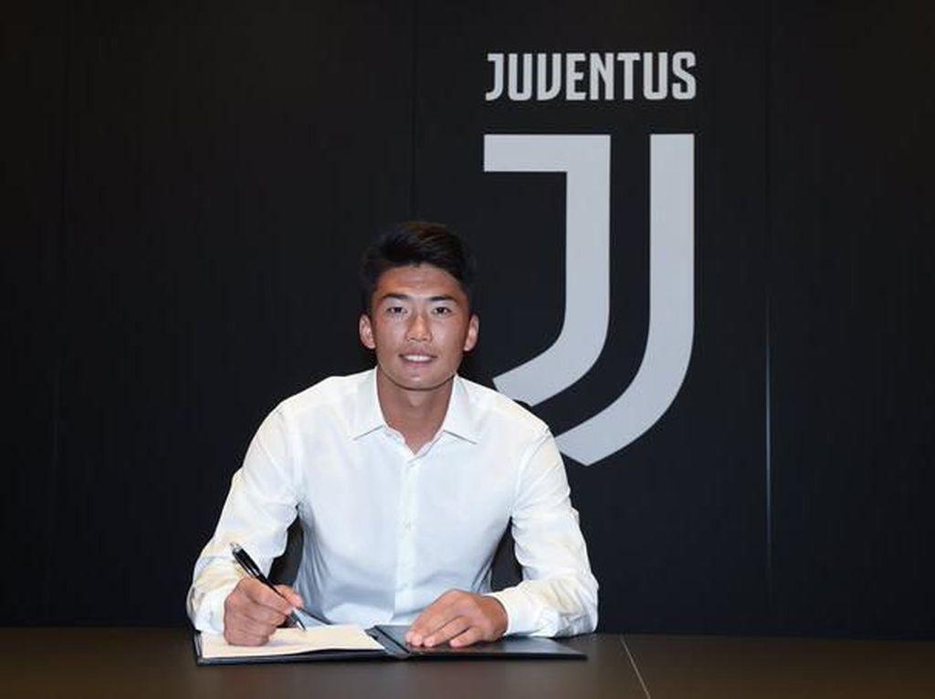 Kim Jong Un Jadi Figur Ayah buat Mantan Pemain Juventus Ini