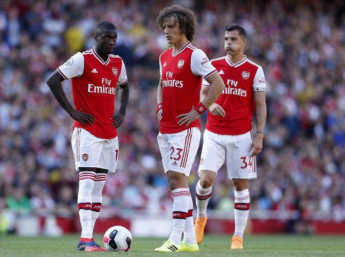 Pertahanan Arsenal Lucu Di Babak Pertama Seperti Di Sunday League