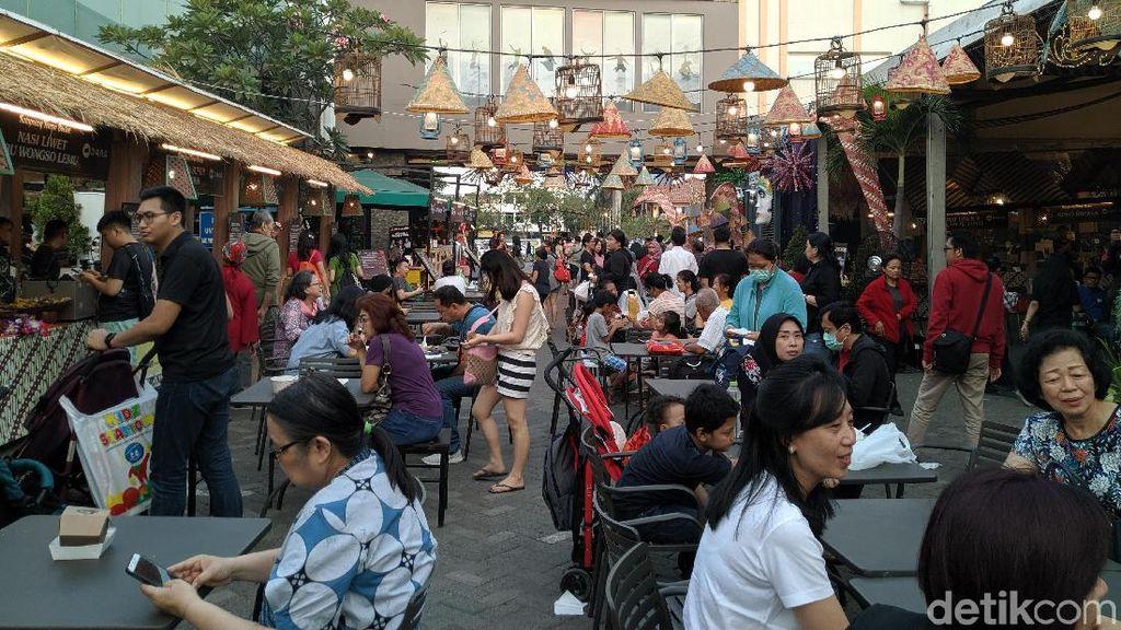 Serunya Kulineran di Kampoeng Tempo Doloe, Ada Ratusan Makanan Legendaris hingga Kekinian