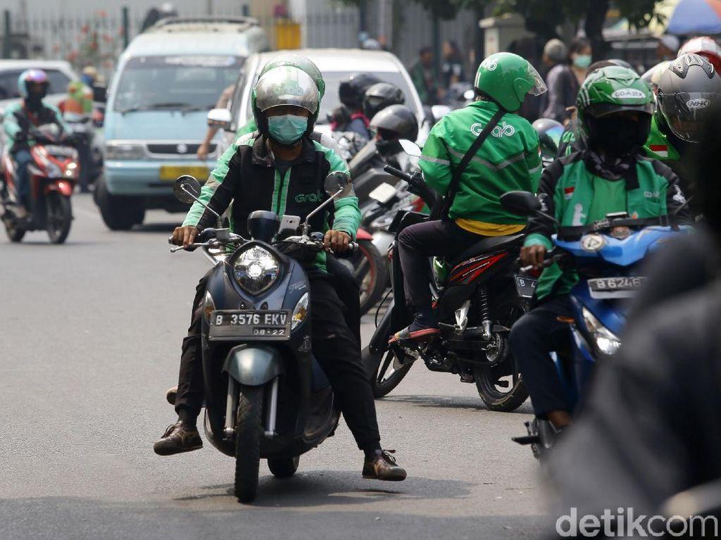 Driver Minta Tarif Ojol Naik Jadi Rp 2.200-2.400/Km