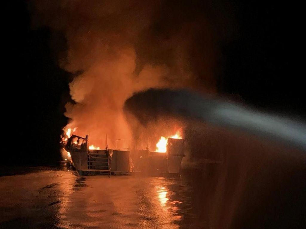 Korban Tewas Kapal Terbakar dan Tenggelam di California Jadi 25 Orang
