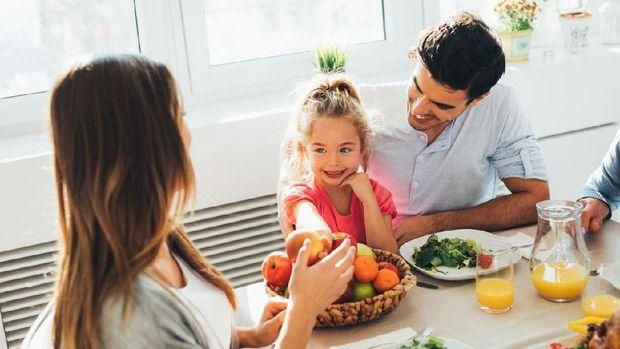 ilustrasi anak dan diet ketogenic