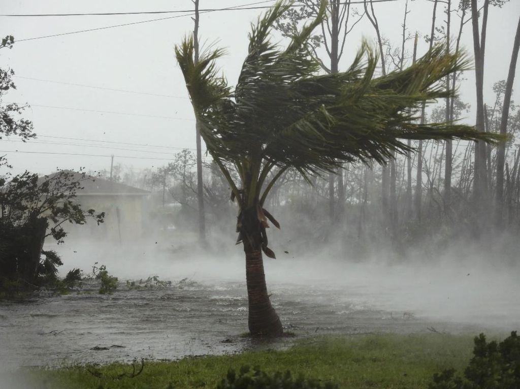 Badai Dorian Tewaskan 5 Orang di Bahama, Picu Evakuasi di Pantai Timur AS