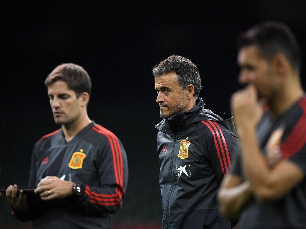 Pelatih Spanyol: Jika Enrique Ingin Kembali, Saya Siap Mundur