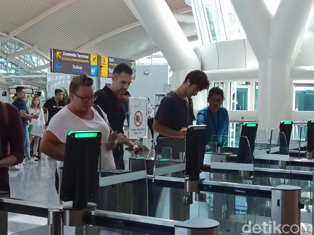 Keren! Bandara Ngurah Rai Punya Alat Pemeriksa Penumpang-Bagasi Otomatis
