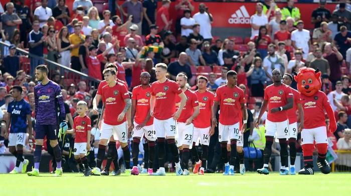 Benarkah Manchester United sudah menjadi klub komedi? (Michael Regan/Getty Images)