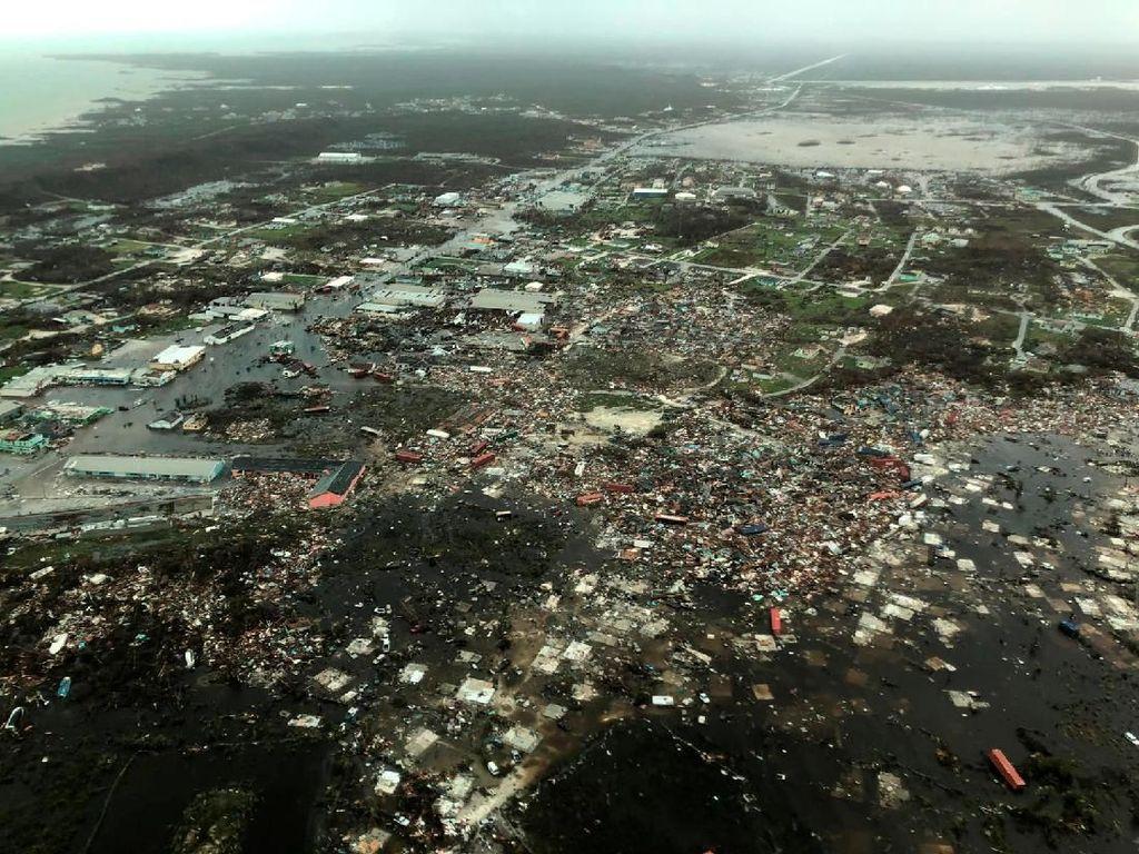 Potret dari Udara Ganasnya Badai Dorian yang Terjang Bahama