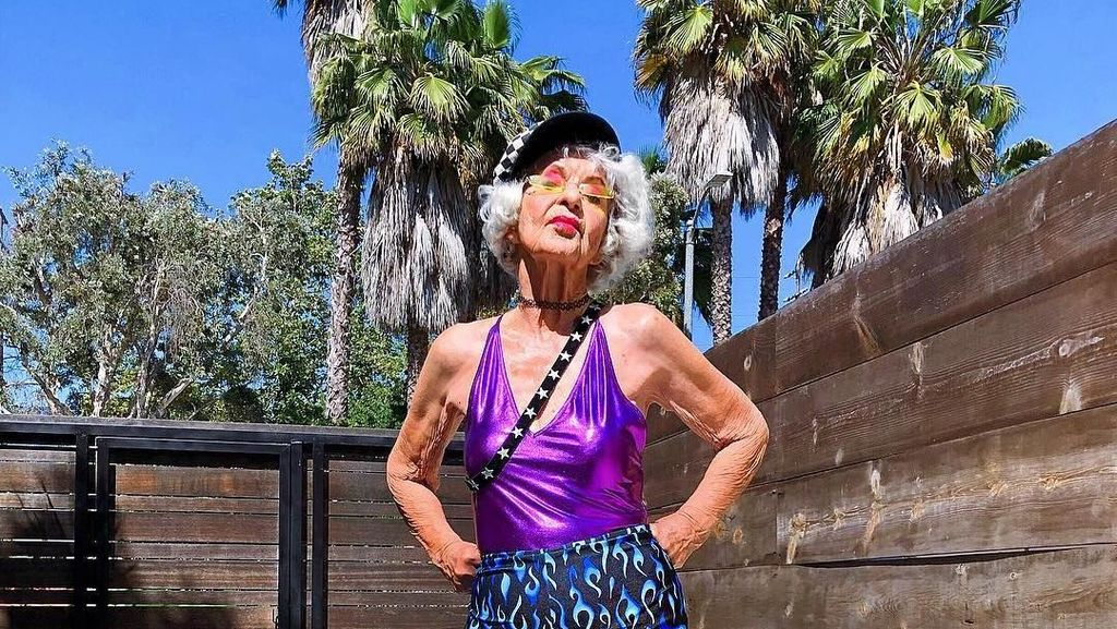 Nenek Super Gaul di Instagram, Usianya Sudah 92 Tahun Lho!