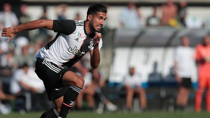 TURIN, ITALY - AUGUST 14:  Emre Can of Juventus in action during the Pre-season Friendly match betewwen Juventus A v Juventus B on August 14, 2019 in Villar Perosa near Turin, Italy.  (Photo by Emilio Andreoli/Getty Images)