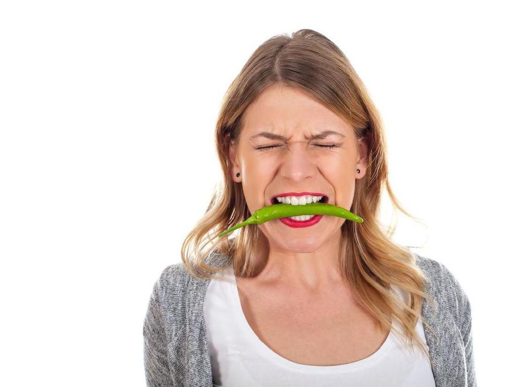 Jangan Takut Makan Pedas, 5 Minuman Ini Bisa Jadi Penawar Panas Cabai