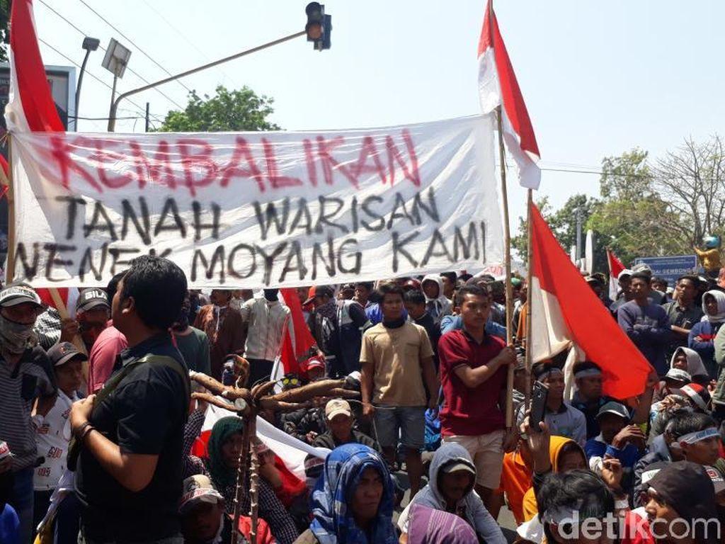 Bawa Keranda, 1.500 Warga 10 Desa di Pasuruan Tolak Rencana Relokasi TNI AL