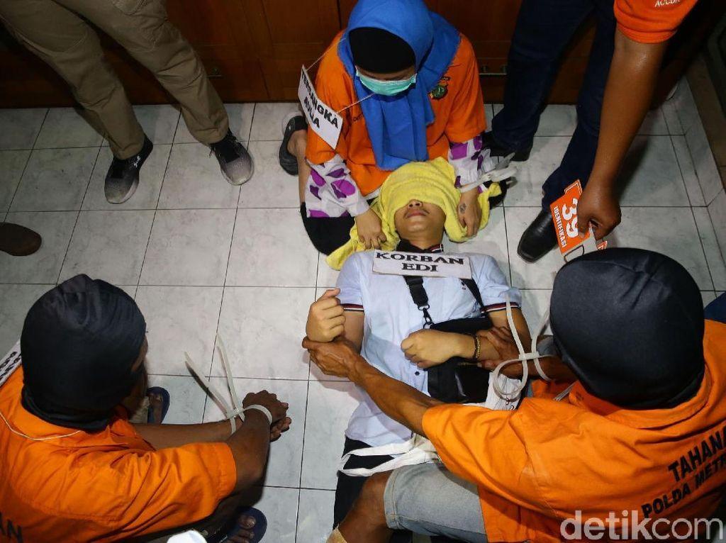 PN Jaksel Gelar Sidang Perdana 2 Pesuruh Aulia Pembunuh Pupung-Dana