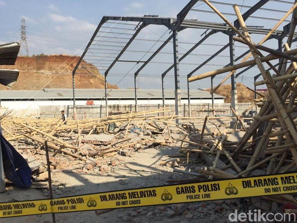 Tembok Bangunan Roboh, 7 Pekerja Luka-luka di Semarang