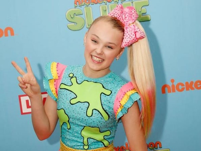 CHICAGO, IL - JUNE 09:  Recording Artist Jojo Siwa  attends Nickelodeon SlimeFest at Huntington Bank Pavilion at Northerly Island on June 9, 2018 in Chicago, Illinois.  (Photo by Daniel Boczarski/Getty Images for Nickelodeon)