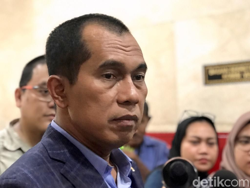 PKS Apresiasi Jokowi ke Natuna Bikin Kapal Nelayan China Keluar ZEE