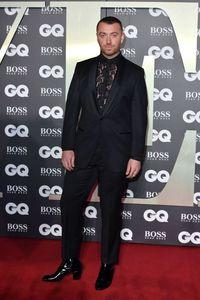 Pertamakalinya Sam Smith Pakai High Heels di Ajang Penghargaan