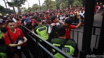 Dear Suporter, Jangan Bawa Kembang Api di Laga Indonesia Vs Malaysia