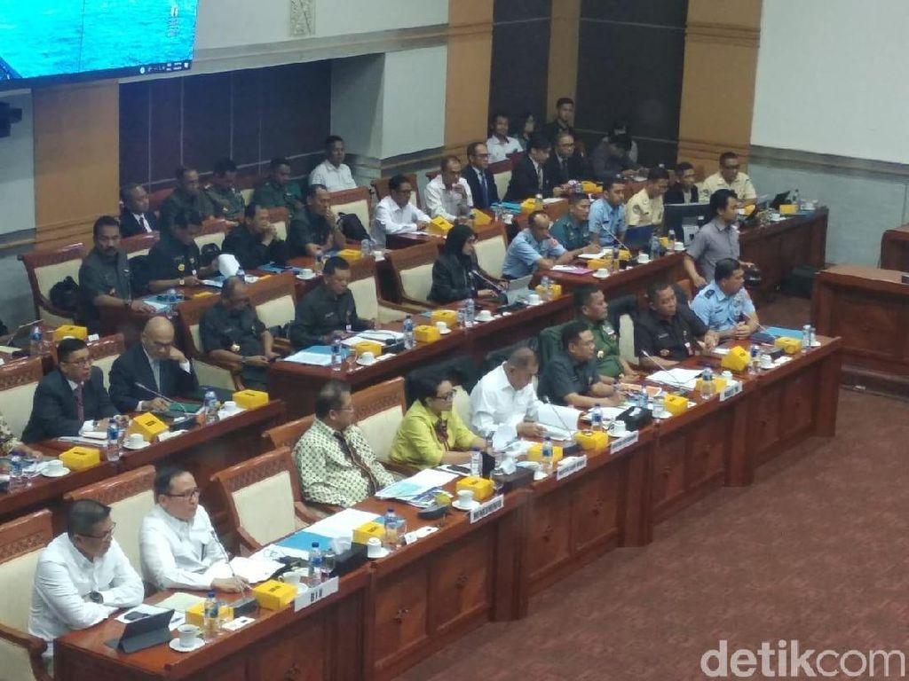 Komisi I DPR Gelar Rapat dengan Menhan-Menlu Bahas Papua