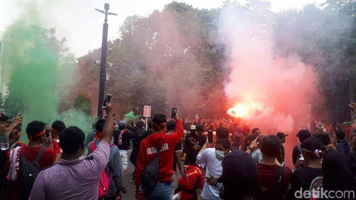 Suporter Indonesia di laga Timnas Indonesia vs Malaysia, Kamis (5/9/2019).  (Mercy Raya/detikSport)
