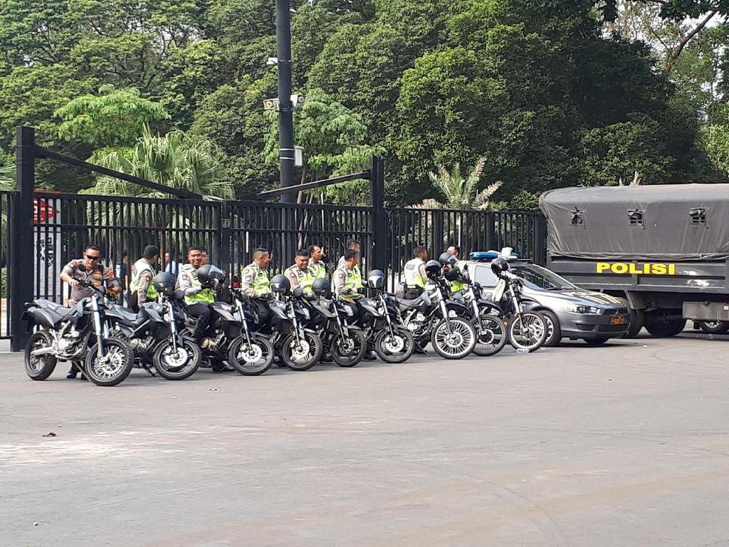 11.200 Personel Keamanan Jaga Duel Indonesia Vs Malaysia