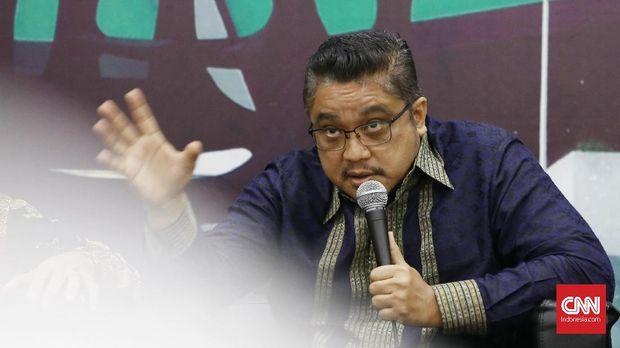 Ketua Komisi IX DPR Dede Yusuf (Fraksi Demokrat) saat menjadi pembicara di acara diskusi Dialektika Demokrasi dengan tema