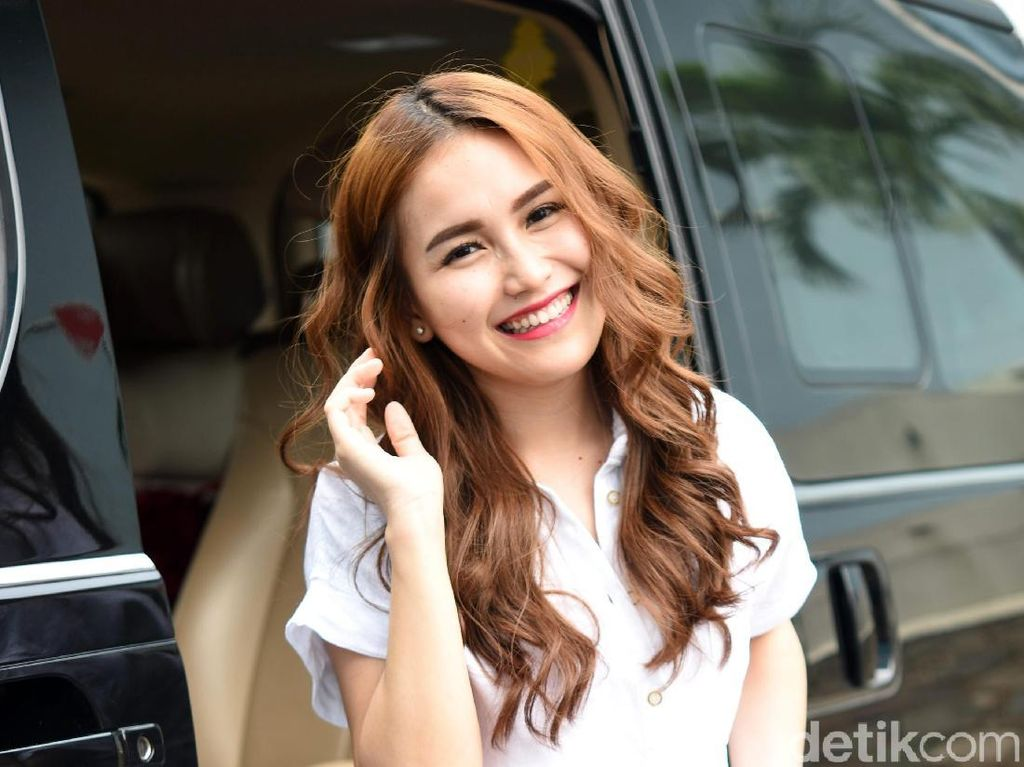 Ayu Ting Ting Masuk The 100 Most Beautiful Faces, TC Candler Dituding Balajaer