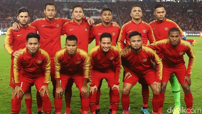 Timnas Indonesia masih belum mengumumkan apparel resmi di jerseynya (Foto: Agung Pambudhy)