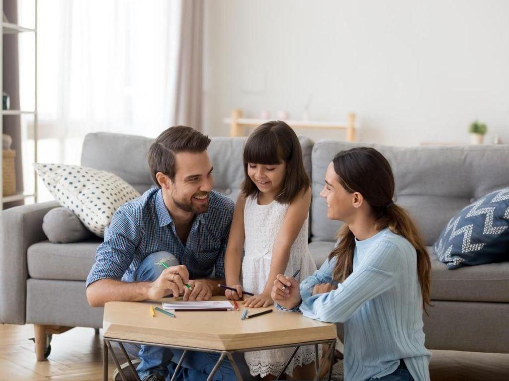 Cara Berkomunikasi Efektif dengan Anak Selama Pandemi COVID-19