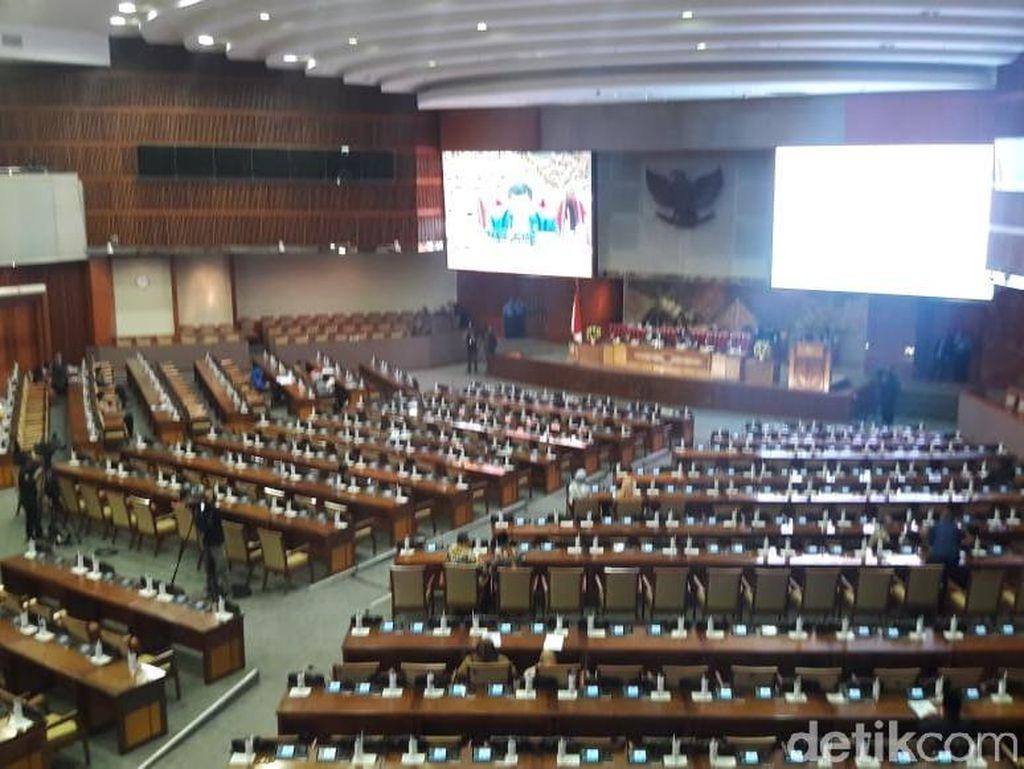 Seluruh Fraksi Sepakat Revisi UU MD3 dan UU KPK Jadi RUU Inisiatif DPR