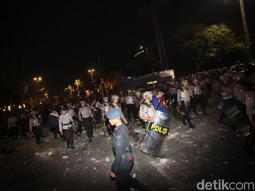 Ricuh! Laga Indonesia Vs Malaysia Berakhir, Suporter Berulah