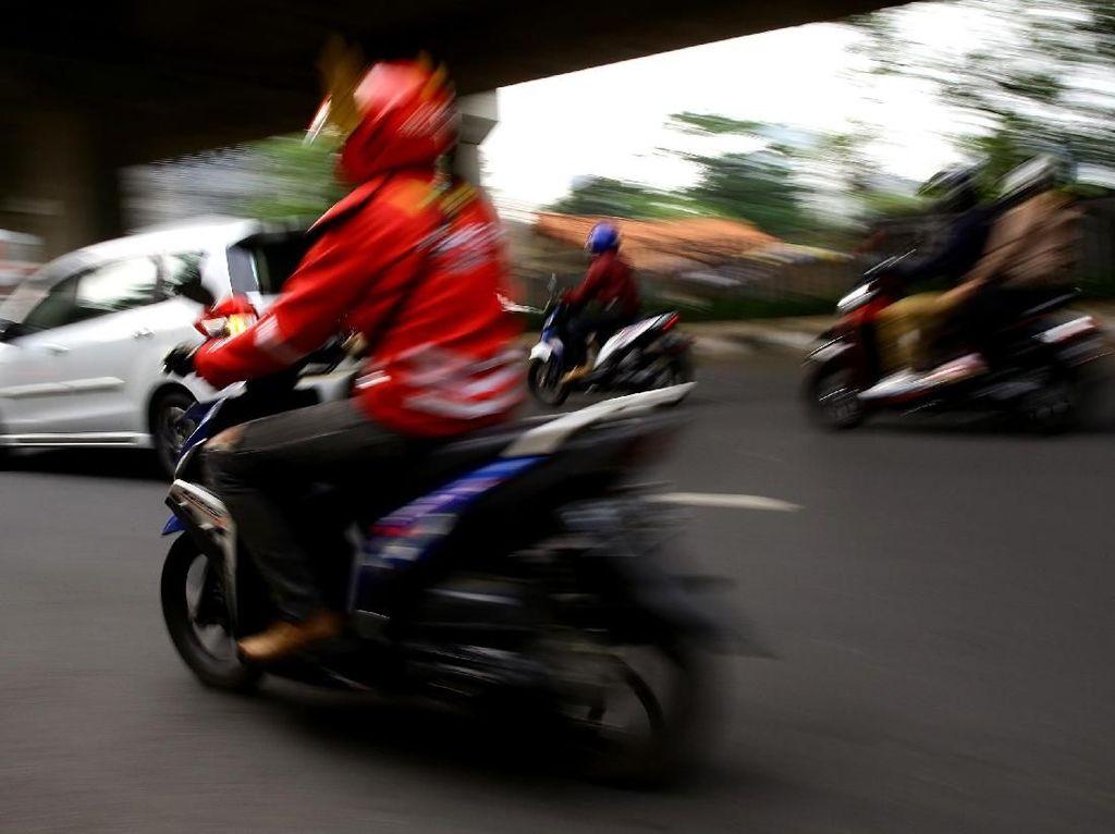 Cara Gaspol Rayu Driver Gojek dan Grab Pindah Haluan