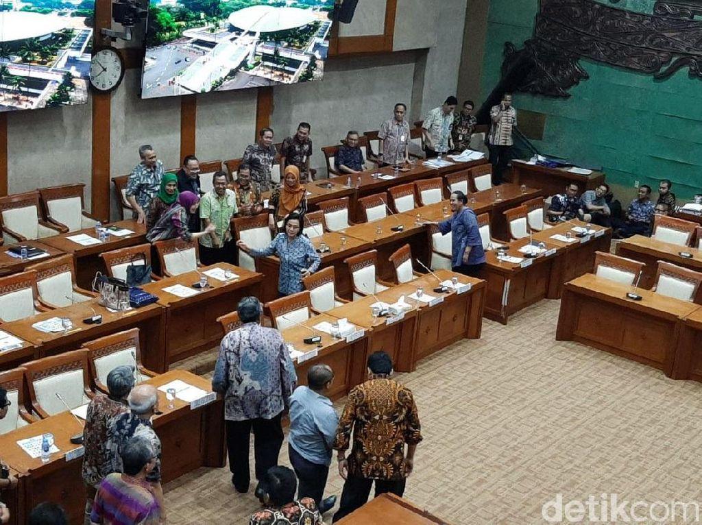 Pimpinan Rapat DPR Cuma 1, Sri Mulyani Batal Dapat Restu Anggaran Rp 44 T