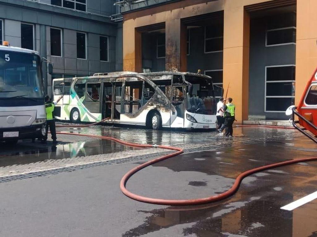 Begini Kronologi Kebakaran Bus di Bandara Ngurah Rai Bali
