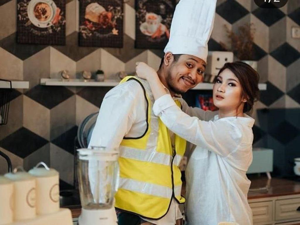 Sosok Tretan Muslim, Komedian yang Baru Menikah