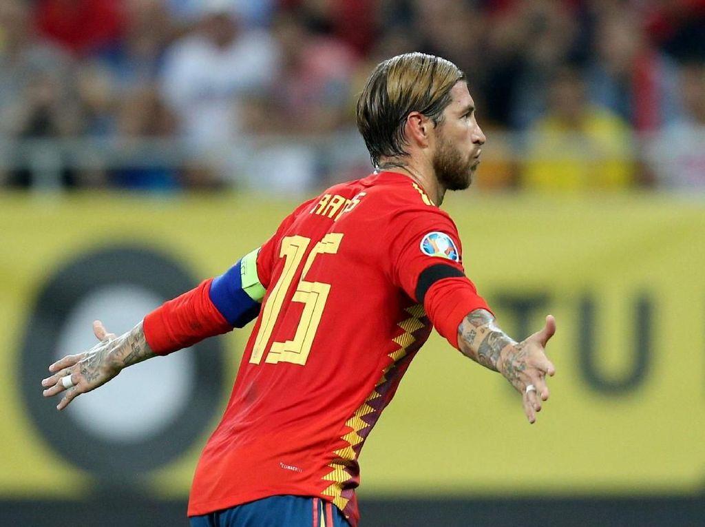 Bek Sergio Ramos Masuk 10 Besar Top Skor Timnas Spanyol