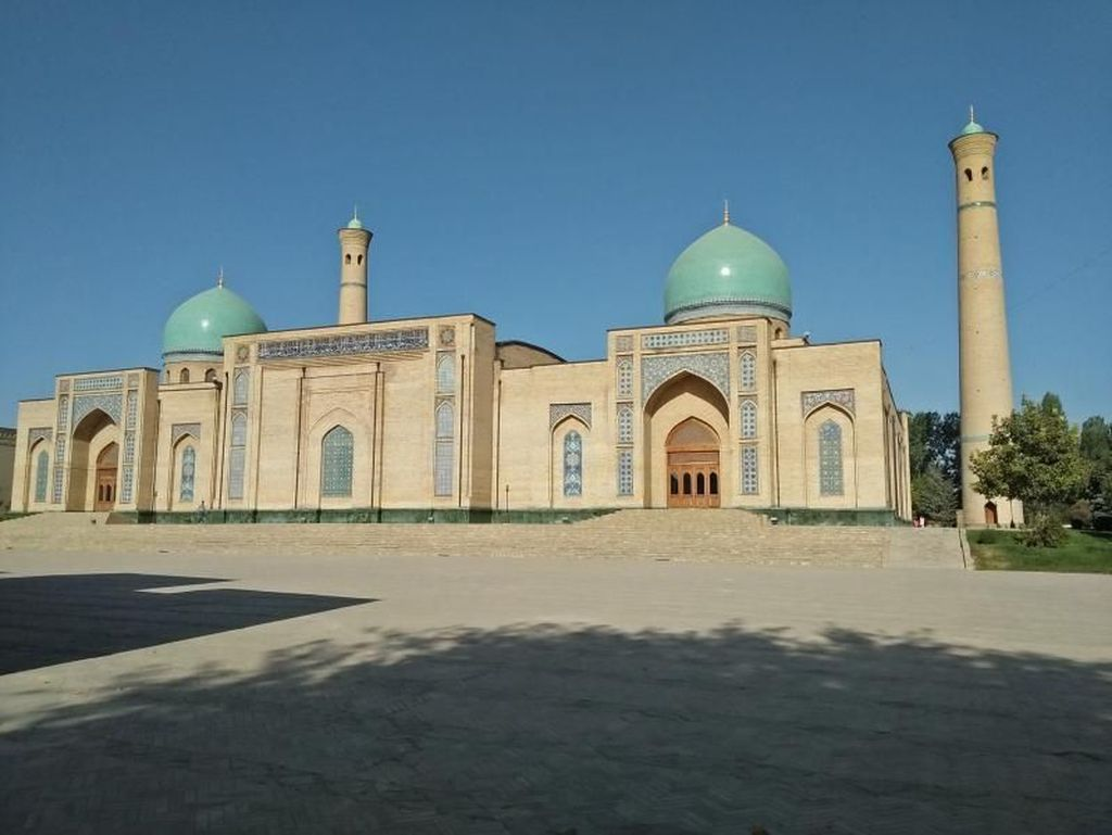 Yang Cantik dari Uzbekistan