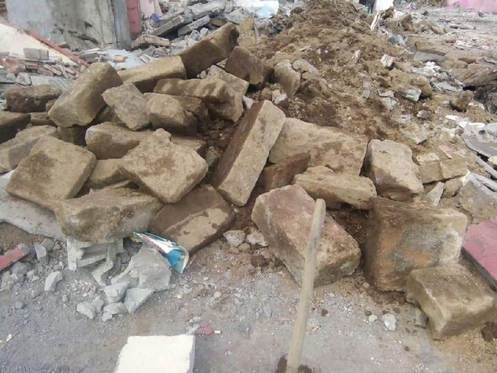 Renovasi Terminal di Dieng, Pekerja Temukan Alas Arca dari Abad ke-8