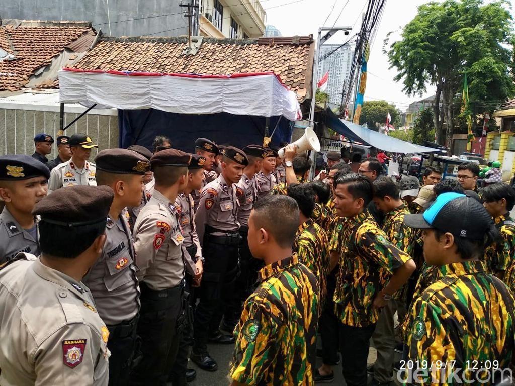 Gagal Masuk DPP Lagi, AMPG Pro-Bamsoet Protes Airlangga