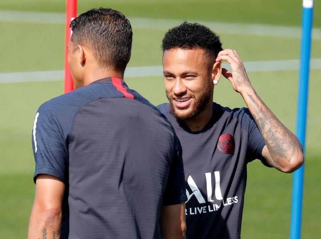 Tite Berharap Hubungan Neymar dengan PSG Membaik
