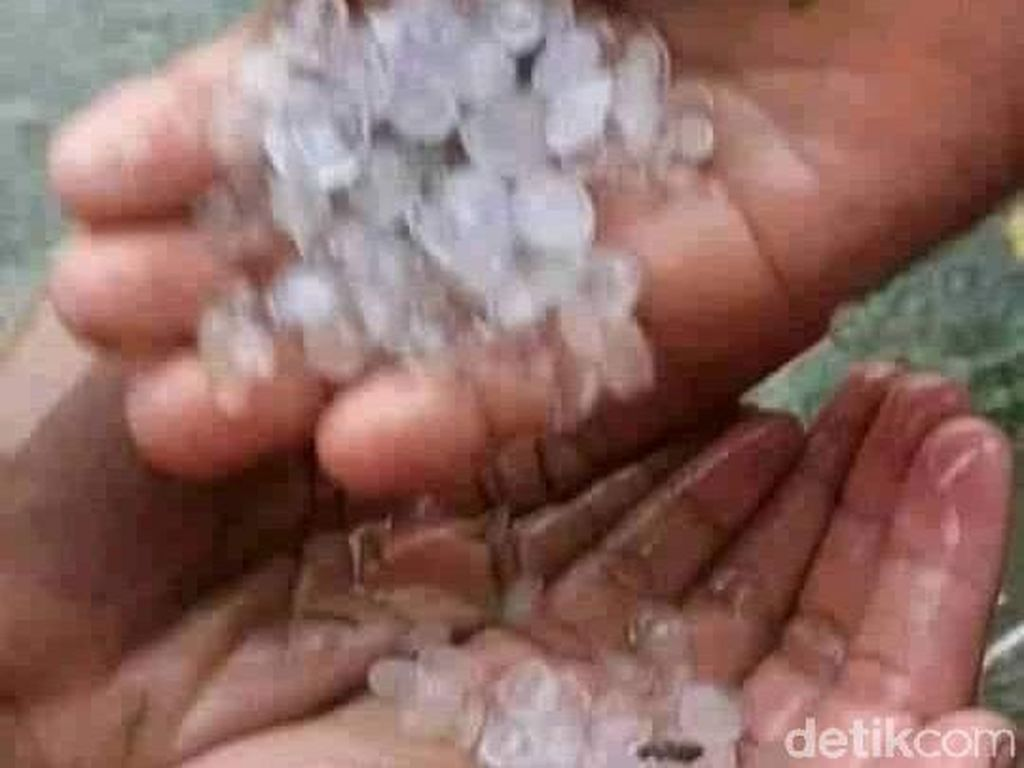 Hujan Es Batu Landa Desa di Sigi Sulteng, Ini Penjelasan BMKG